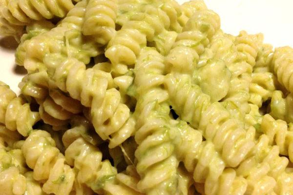 Pasta asparagi e besciamella